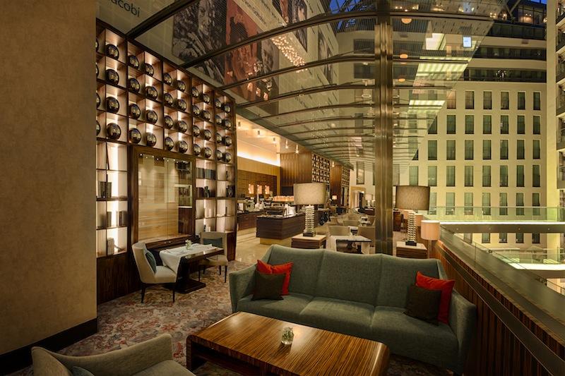 Im Luxushotel InterContinental in Düsseldorf wird eine moderne Designsprache angewandt