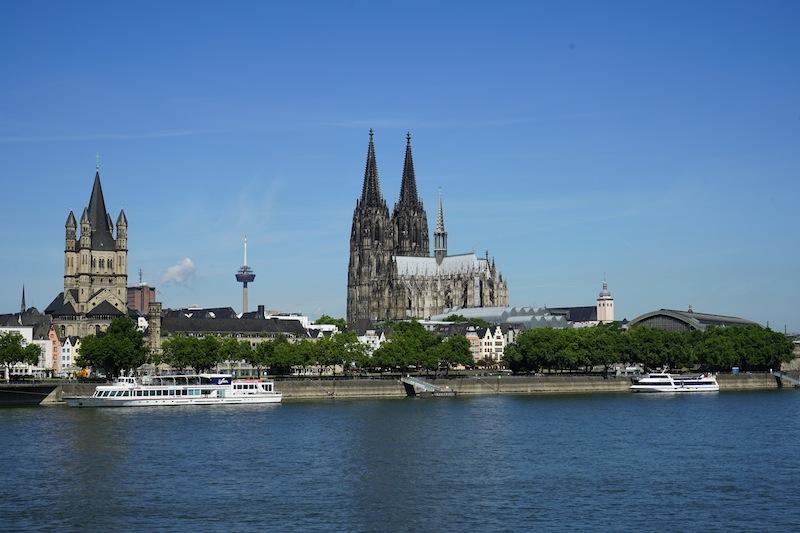 Neben Düsseldorf zählt auch Köln zu den exklusiven Städten in Nordrhein-Westfalen. In NRW sind erstklassige Luxushotels vertreten