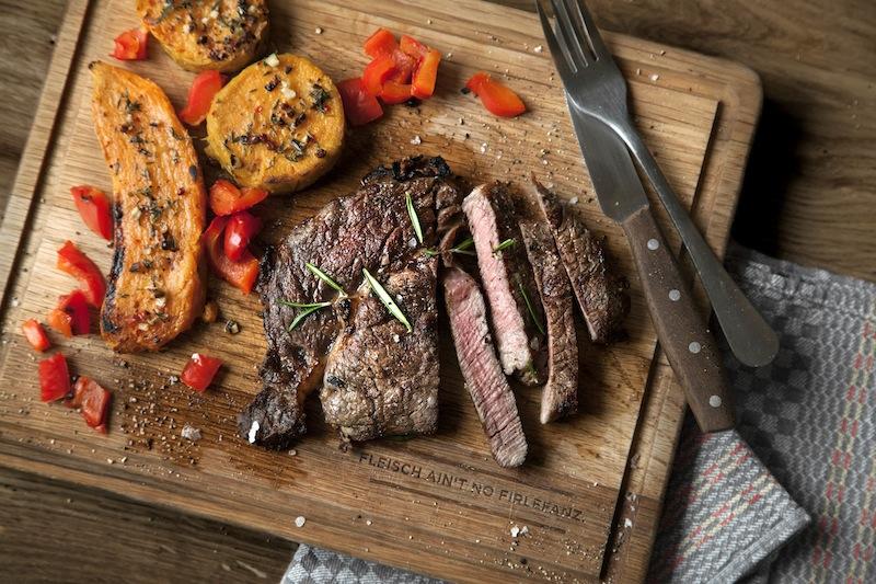 Mit dem O.F.B. von Otto Wilde lassen sich im Handumdrehen erstklassige Steaks grillen