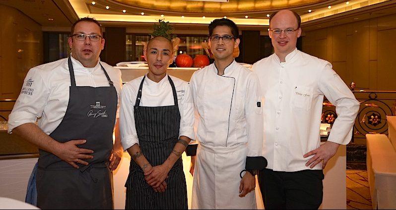 V.l.n.r Sterne-Koch Ronny Siewert, Shigeru Fujita, Ben Dayag und Philipp Ferber noch entspannt vor der Party