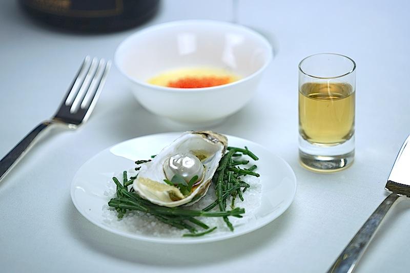 Tohru Nakamuras Interpretation einer Auster