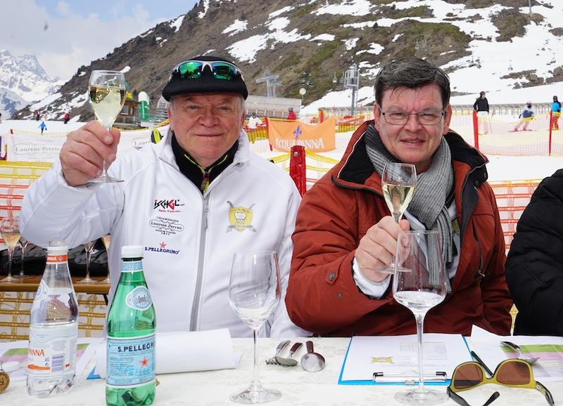 Heinz Winkler (li.) nahm den damals jungen Bub Benjamin unter seine Fittiche. Heinz hier gemeinsam mit 3-Sterne Legende Harald Wohlfahrt (re.)