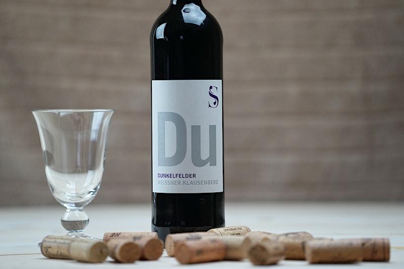 Die Aktiven des Weingut Schuh kultivieren auf dem Meissener Klausenberg historische Rebsorten wie den Dunkelfelder