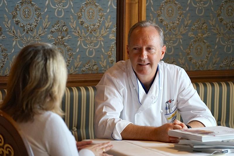 3 Hauben Koch Martin Sieberer plaudert ungezwungen von seiner Philosophie über das Kochen