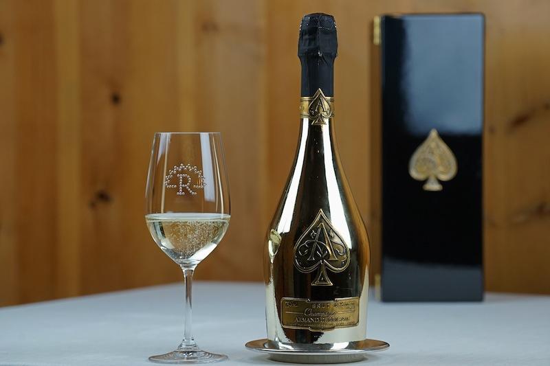 Zu den Raritäten zählt sicherlich auch der Champagne Armand Brignac