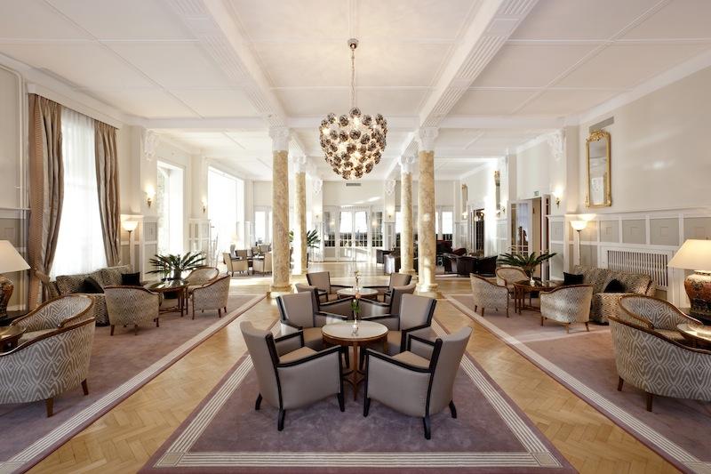 Die lichtdurchflutete Grand Hall des Cresta Palace Hotels ist typisch für den Jugendstil des ganzen Hauses
