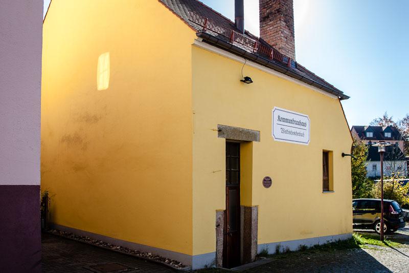 Dem Gemeinschaftsbrauhaus in Winschsch Eschenbach sieht man seine Geheimnisse von außen nicht an