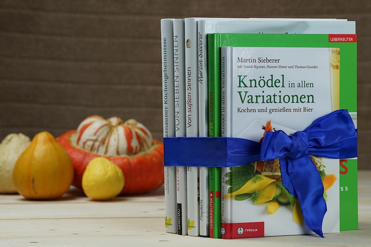 Insgesamt acht Kochbücher veröffentlichte Martin Sieberer bereits. Jedes seiner Bücher ist ein besonderes Werk und die Redaktion FrontRowSociety.net wird einige dieser Gerichte nachkochen