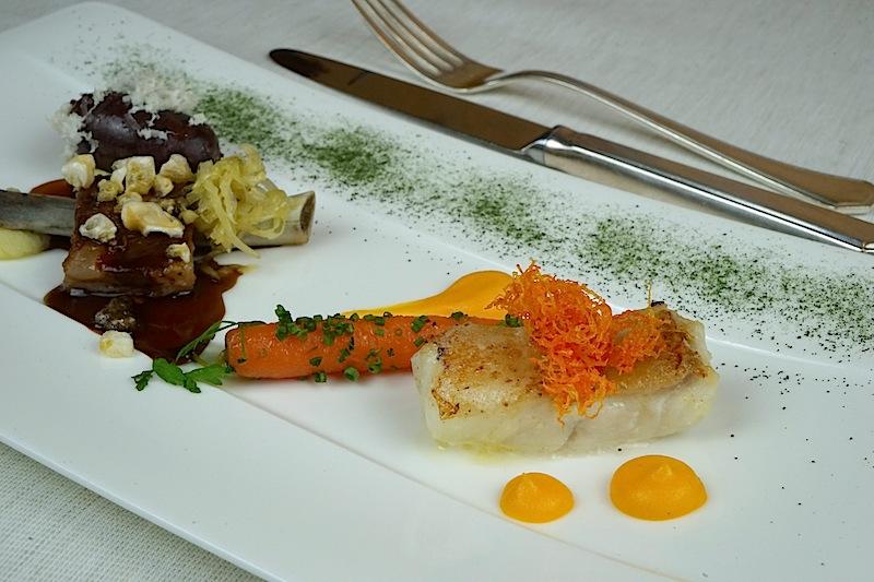 Schweinerei und Mee(h)r mit Krautsalat und Karotte
