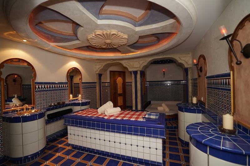 Im royalen Spa werden Gäste mit einem Hauch Exotic verwöhnt