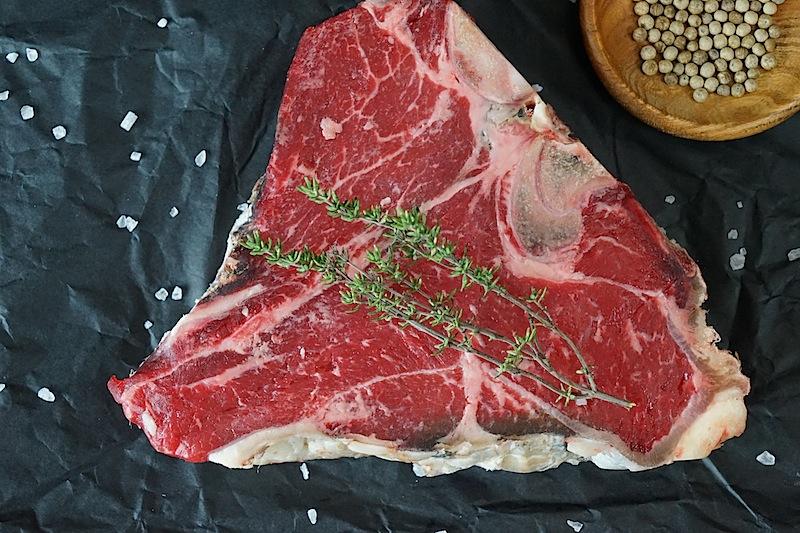 Im Buch wird auch Wissenswertes über die Marmorierung oder auch die Fleischqualität verraten