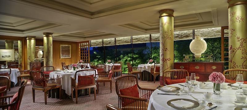 Die Dim Sum Köstlichkeiten genießen Gäste hier im Summer Palace in einer traditonell asiatischen Umgebung