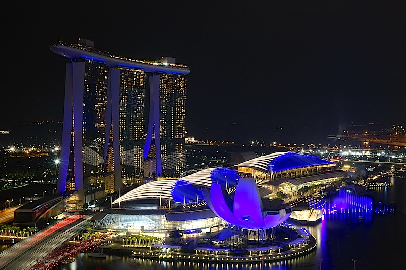 Das Nachleben in Singapur ist aufregend. Die Barkultur außergewöhnlich