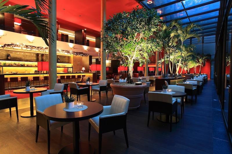 Die bezaubernde Zedern-Lounge im Hotel Therme Meran / © Hotel Therme Meran GmbH