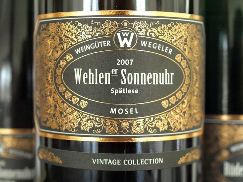 Einer der begehrten: Vintage Collection Wehlener Sonnenuhr 2007er Spätlese / © Weingüter Wegeler