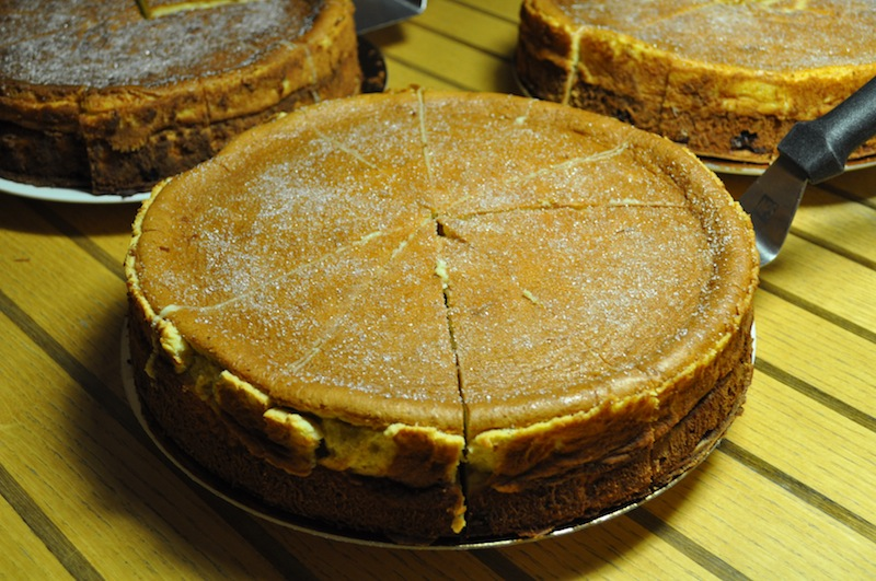Dresdner Eierschecke: die bekannte Kuchenspezialität aus Sachsen. Auch für die mächtigen Portionen bekannt / © Redaktion Lustfaktor