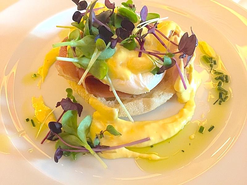 GSo stellen sich auch Biker ein köstliches Egg-Benedikt vor. In den von uns besuchten Häusern gab es nicht nur ein fürstliches Frühstücksbuffet, sondern auch traumhafte Kulinarik am Abend / © Redaktion Lustfaktor
