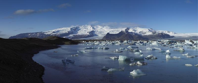 Hier im Gebiet rund um den islandischen Gletscher, der Teil des Vatnajökull ist und im Südosten des Vatnajökull-Nationalparks liegt, ist Entspannung und Ruhe zu finden / © Islandsstofa