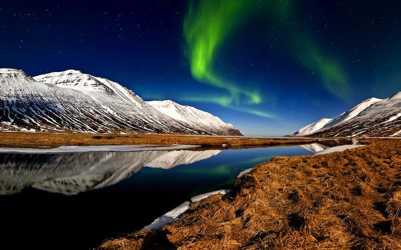 Island ist immer eine Reise wert - ob im Sommer oder Winter - die beste Reisezeit ist zwischen Mai und September/ © Islandsstofa