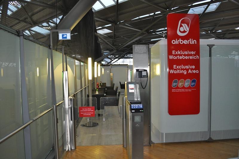 Aber auch airberlin verfügt am Köln Bonner Flughafen über einen exklusiven Wartebereich im Terminal 2 / © Redaktion Lustfaktor