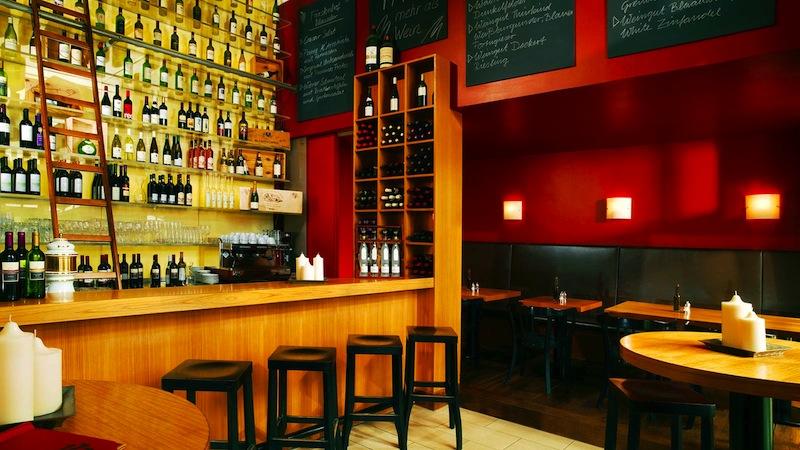 """Die Vinothek """"1770 – Mehr als Wein"""" im Hotel Fürstenhof, Leipzig hat über 200 Positionen auf der Karte - davon etwa 60 offene / © Hotel Fürstenhof Leipzig"""