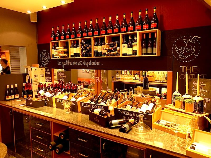 Eine kleine Präsentation der Weine im Restaurant Rhino. Hier kommt der Gast auf den Genuss / © Hotel Le Clervaux