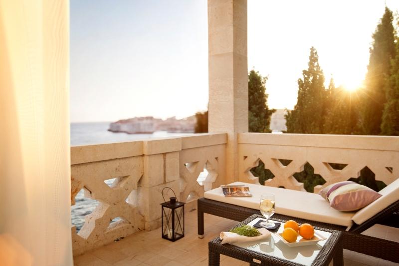 Vom Balkon der Royal-Suite hat der luxusgewöhnte Gast eine traumhafte Aussicht / © Adriatic Luxury Hotels