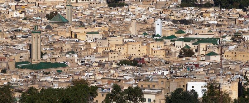 In den marokkanischen Städten hat jedes Gewerk sein eigenen Souk, sein eigenes Viertel. HIer die Altstadt von Fès / © Lustfaktor, Foto Georg Berg