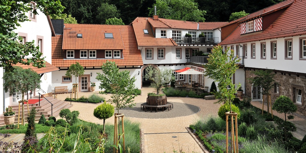 relais ch teaux hardenberg burghotel niedersachsen 5 sterne hotel. Black Bedroom Furniture Sets. Home Design Ideas