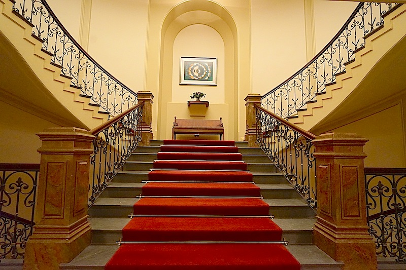 Hotel Kämp | das beste Luxushotel in Finnland | 5-Sterne | Leading Hotel of the World