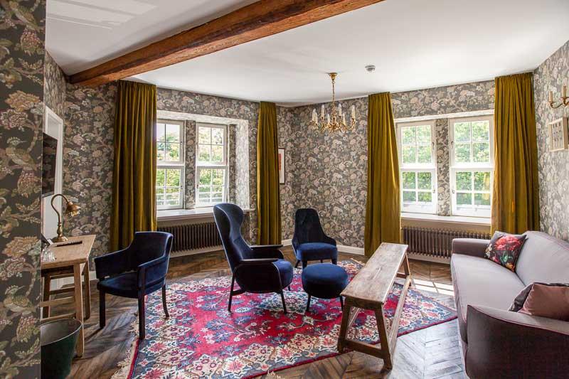 der renthof in kassel neues haus im alten gewand. Black Bedroom Furniture Sets. Home Design Ideas
