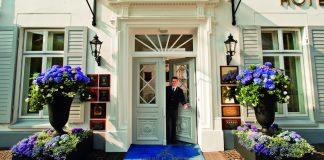 Hotel Louis C. Jacob - Eingang zum Luxushotel