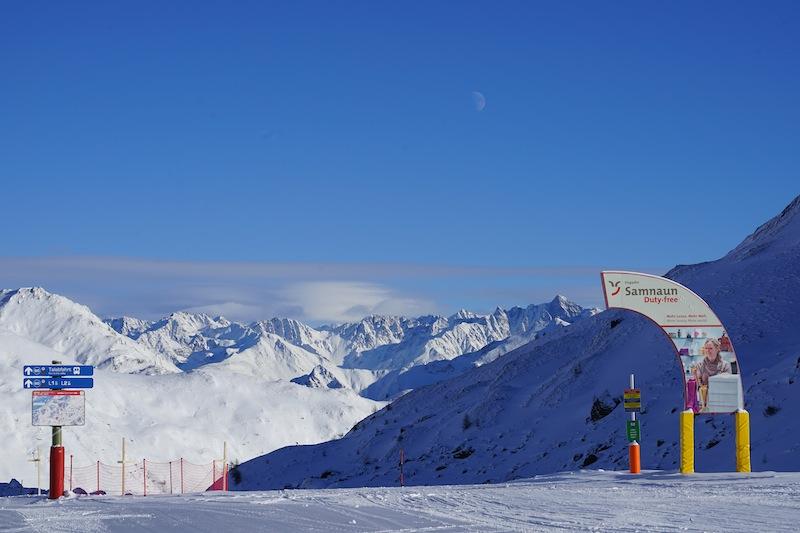 Skifahren und shoppen, das ist in Ischgl und Samnaun möglich
