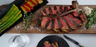 T-Bone Steak im Restaurant The Saint im 5-Sterne Luxushotel ZHERO