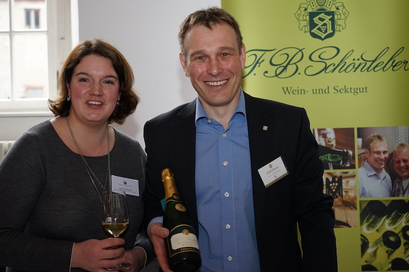 Wein- und Sektgut Schönleber wird von den Brüdern Bernd und Ralf (re.) Schönleber geführt