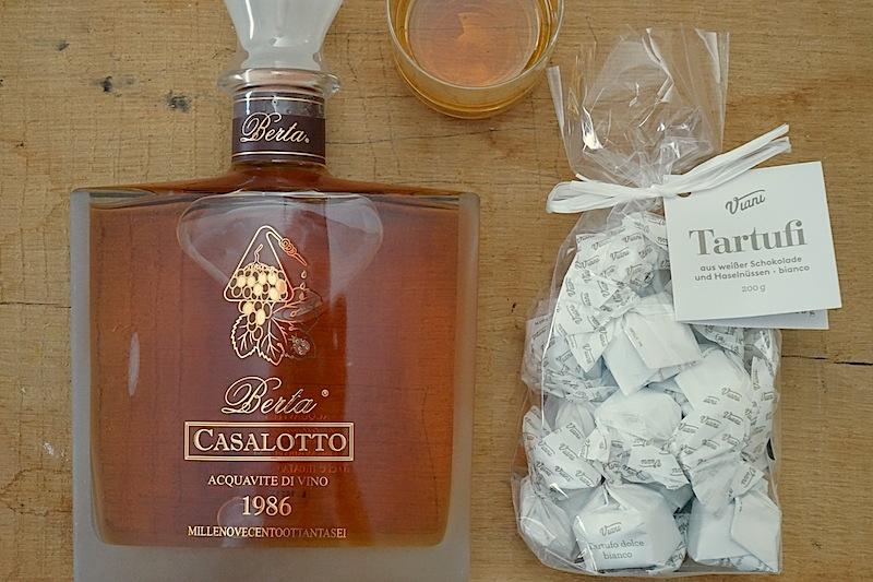 Berta Casalotto 1986 - die Farbe Bernstein, Honig - die Nase Tabak, Vanille, Kakao und am Gaumen kraftvoll, Tabak, Raucharomen
