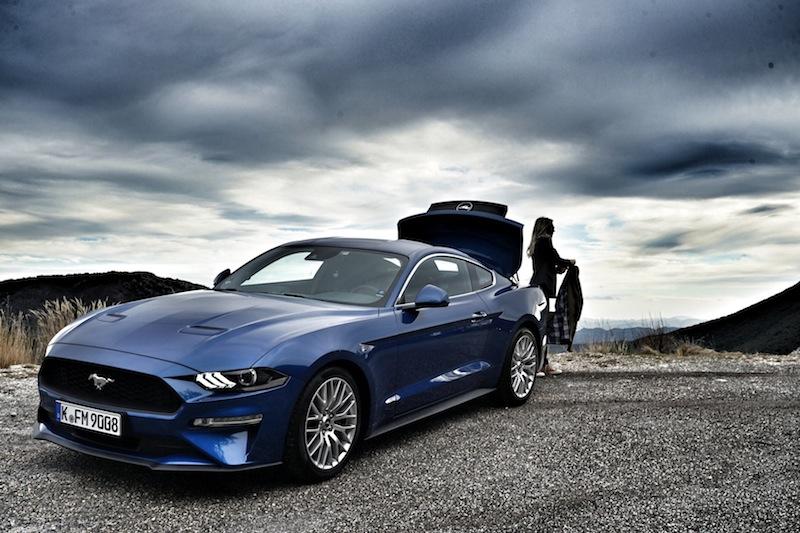 Und der Mustang kommr auch bei der Damenwelt gut an