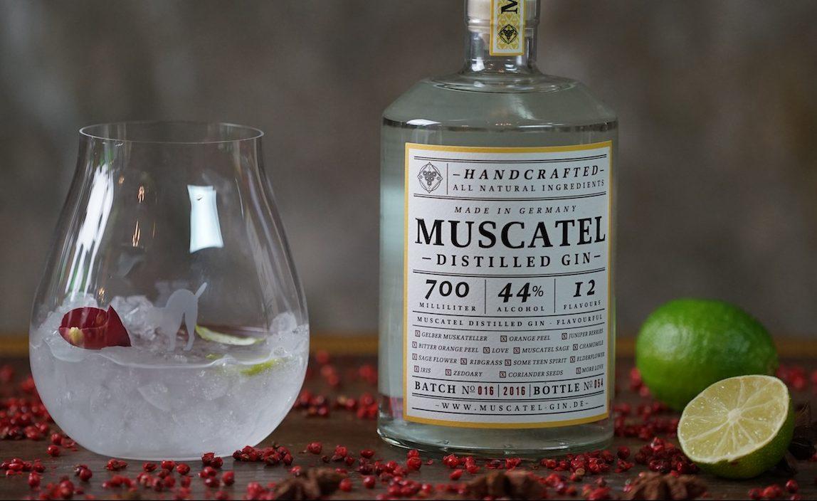 Gin Muscatel: Ein außergewöhnlicher Gin, beinhaltet er doch eine der ältesten Rebsorten, den gelben Muscateller