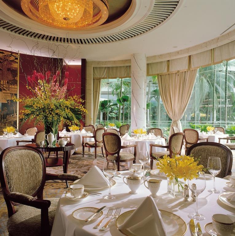 Morgen genießen Gäste aus den Valley Wing Suiten ihr Frühstück im The Valley Wing Summit Room
