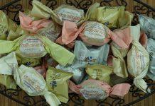 Verschiedene Amaretti aus der Pasticcerie Berta