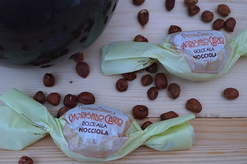 Der Moriondo Carlo Dolce Alla Nocciola ideal, mit einem Grappa genossen zu werden oder einfach mit einem Espresso