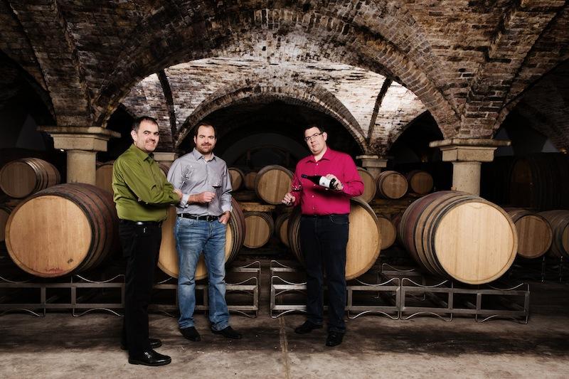 Im Weinkeller: Zwei Terroirs, drei Brüder, feine Wein