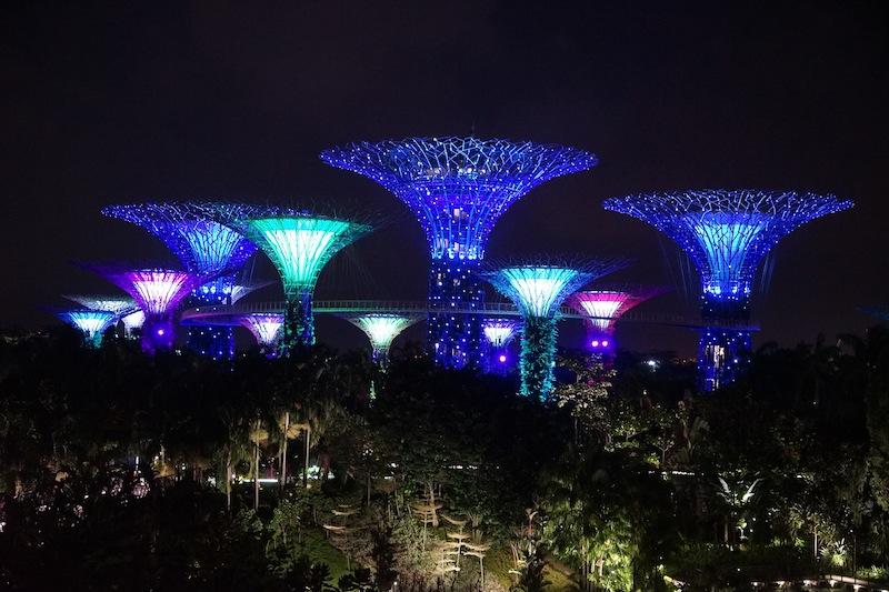Die abendliche Laser- und Lichtshow - begleitet von harmonischer Musik - ist ein allabendliches Schauspiel, bei welchem sich Tausende von Zuschauern einfinden