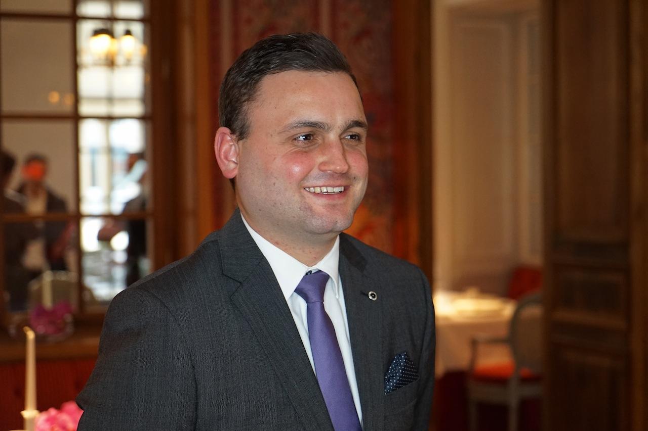 Einen ganz besonderen Dank möchten wir an Hermann Moch (Assistant Marketing Manager) richten, der uns während unserer Tage im Hotel Steigenberger Frankfurter Hof begleitet hat