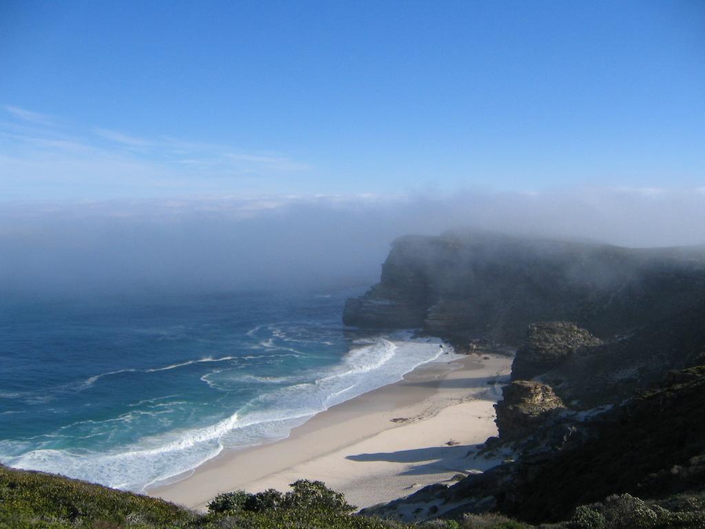 Am Kap der Guten Hoffnung - eine spektakuläre Kulisse für Surfer, Strandurlauber oder Orca-Beobachtungen