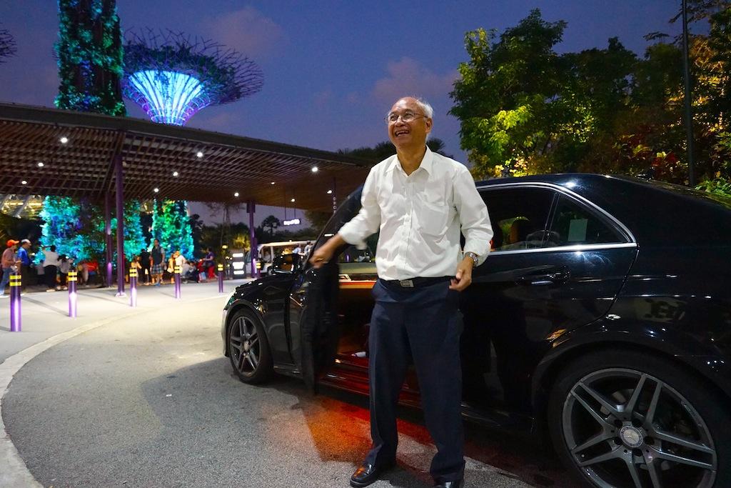 """Vielen Dank an unseren Guide Tan Khey Cheow, welche sich unermüdlich eingesetzt hat, uns """"sein"""" Singapur auf eine charmante und liebensvolle Weise näher zu bringen"""