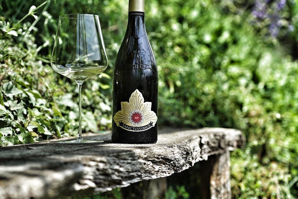 Das Wetter schlug 2014 und verknappte den Ertrag des Weißburgunders. Nur wenige Flaschen schlummern im Keller von St. Pauls und warten auf eine besondere Gelegenheit des Genusses