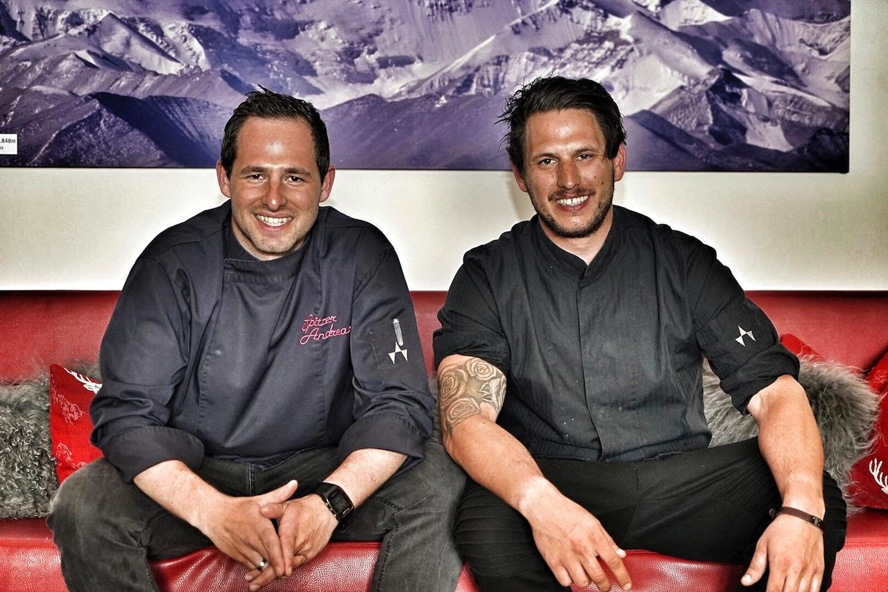 Andreas (li.) und Patrick Spitzer (re.) sind die Rockstars der Haubenküche des Fliana Gourmet