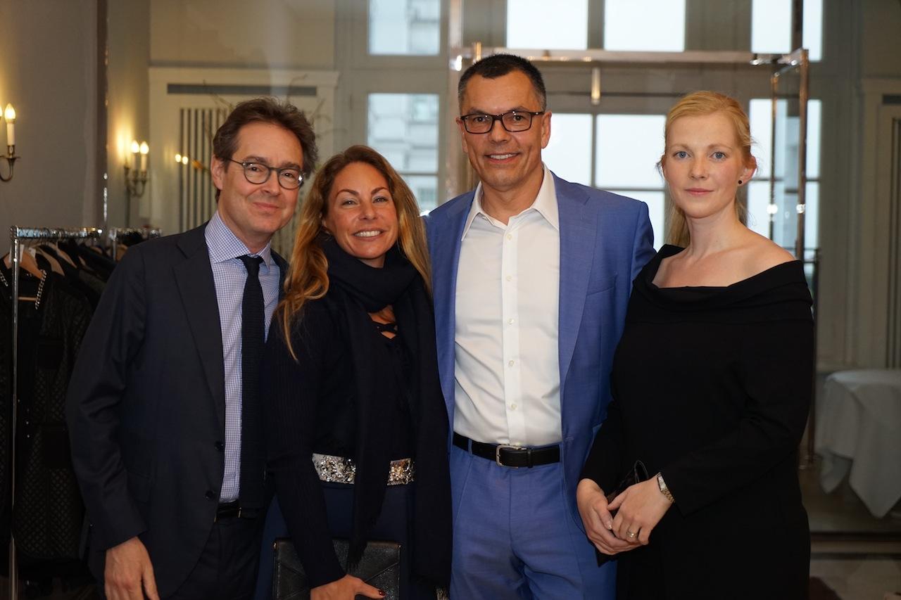 Waren schon am Vortag zum Minus 181 Dinner angereist: V.l.n.r.: Francois Röthlisberger, Laetizia Riedel-Röthlisberger, Dirk Kempke und Ehefrau Carolin