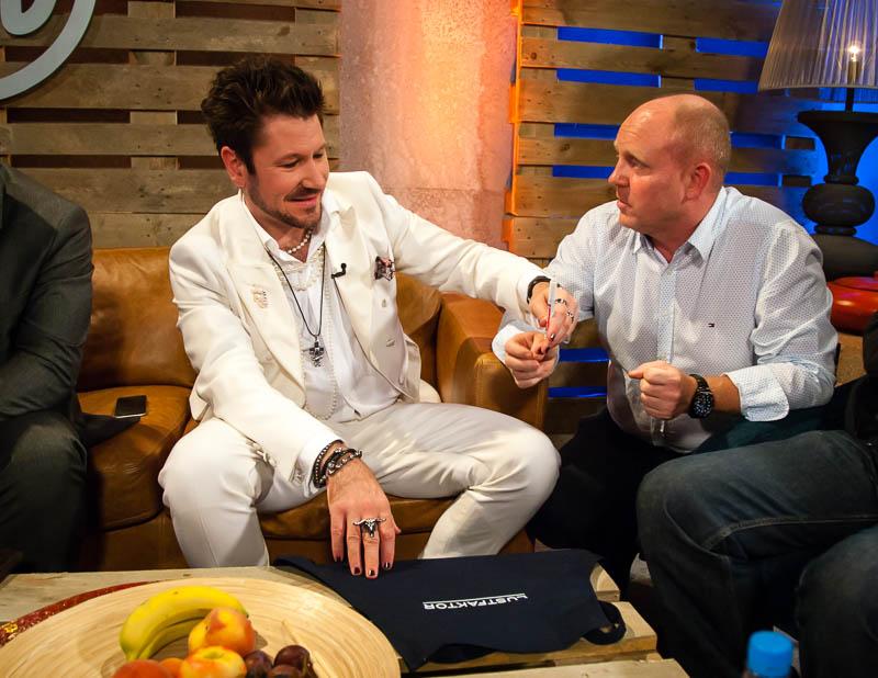 Auch im TV kreuzten sich die Wege von Justin Leone und FrontRowSociety Herausgeber Andreas Conrad